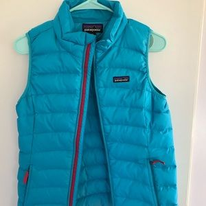 Girls Patagonia down best so XL (14)